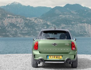 mini-countryman-2